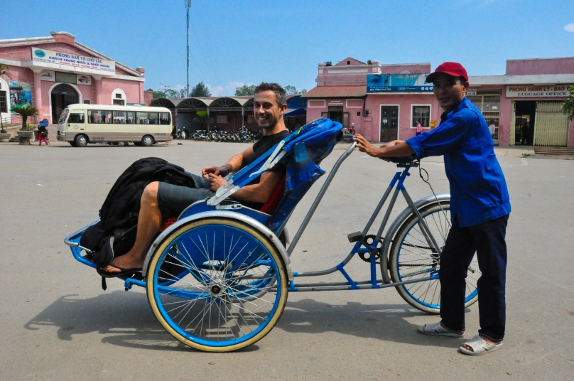 The cyclo provides the customer with uninterrupted views of the road!