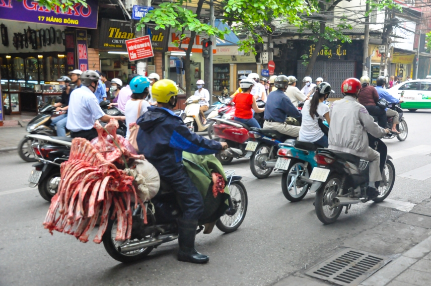 The first sight of Hanoi!